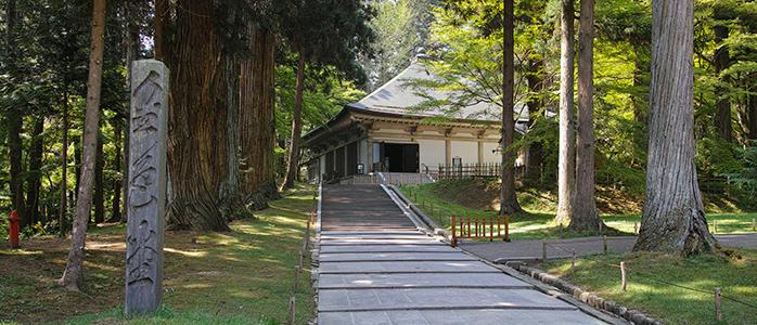 平泉町にある中尊寺金色堂